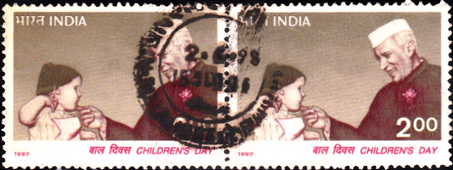 1584-nehru-with-a-child-india-stamp-1997